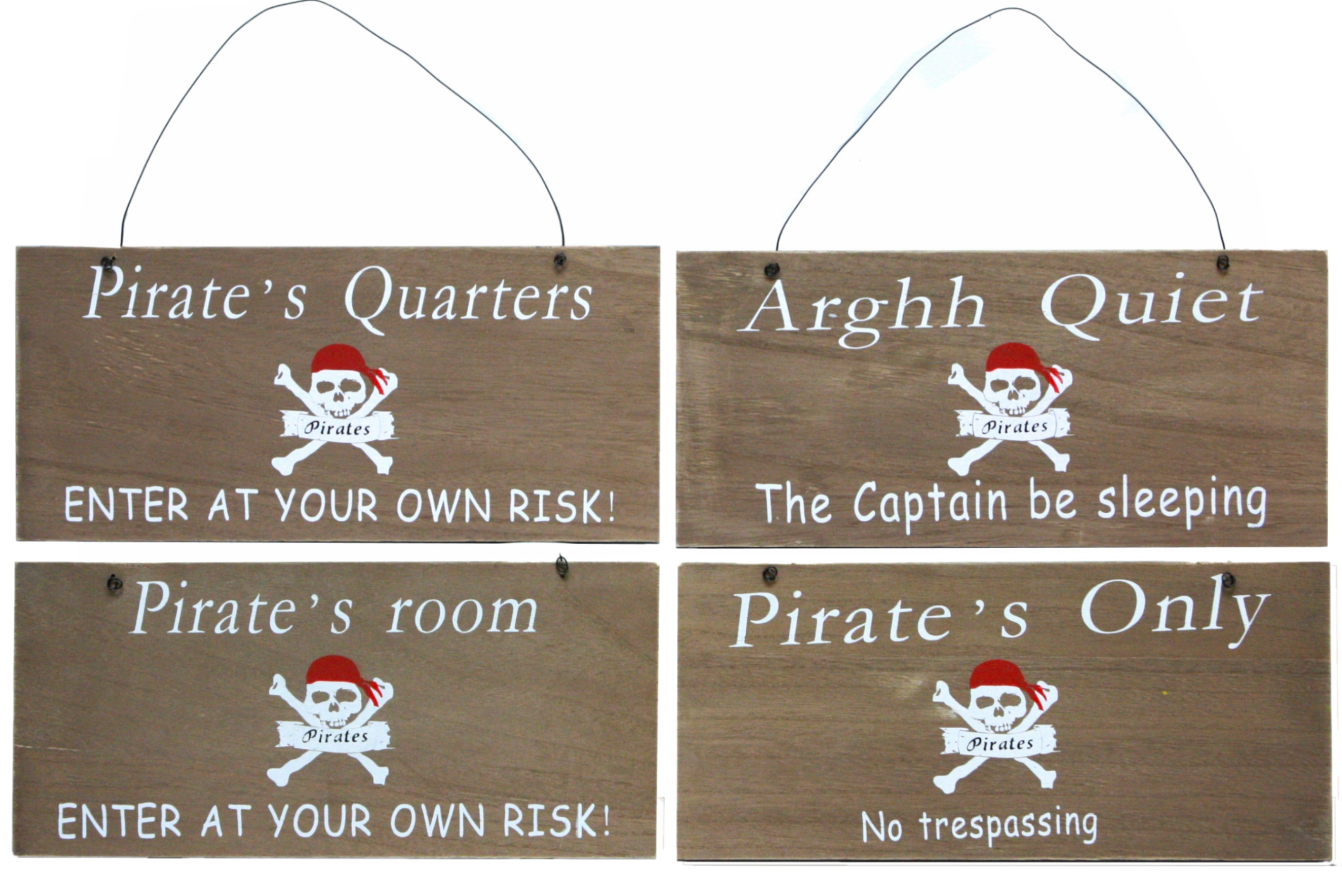 Wooden Pirate Signs 4 Assorted