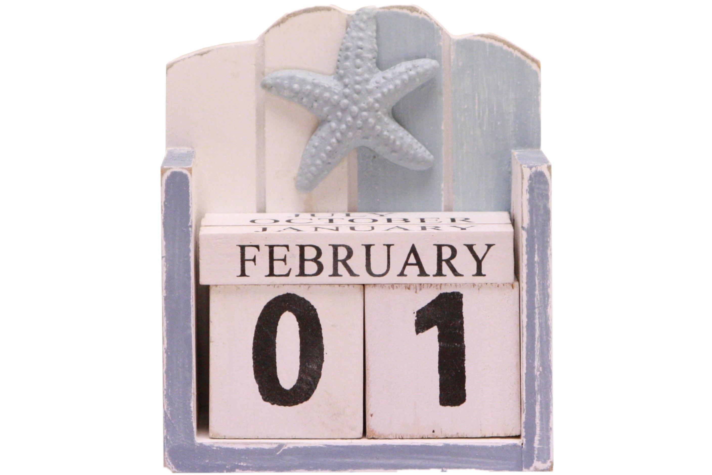 Wooden Calendar 11.5cm x 10.5cm