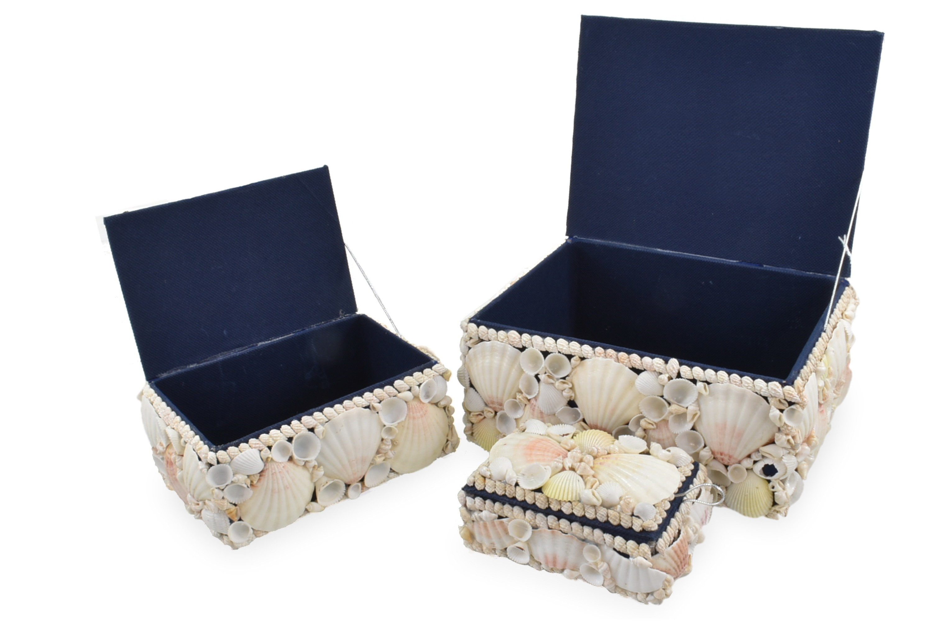 White Shell Boxes Set Of 3 With Blue Lining