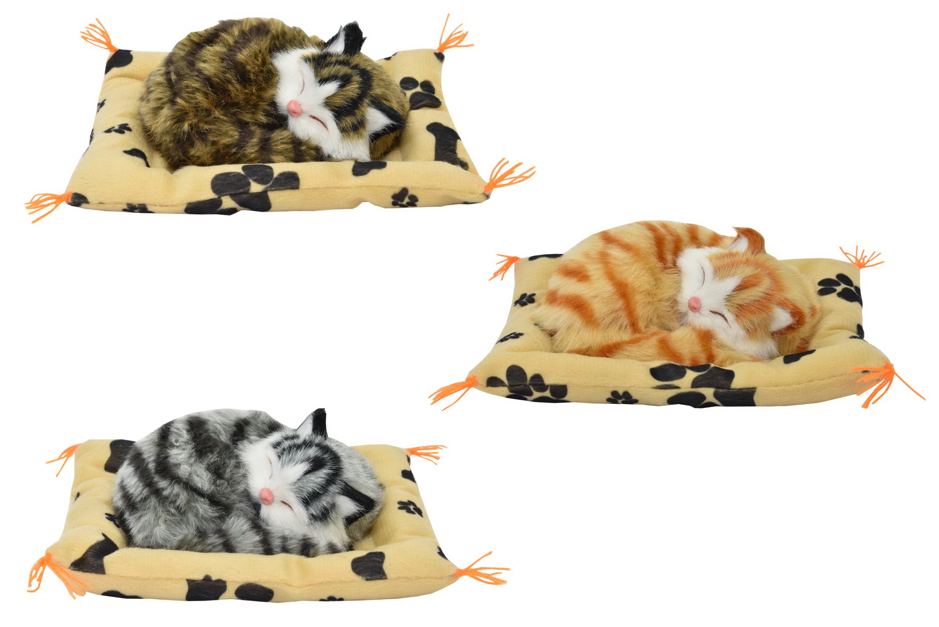 Small Cats With Sound On Blanket 3 Assorted