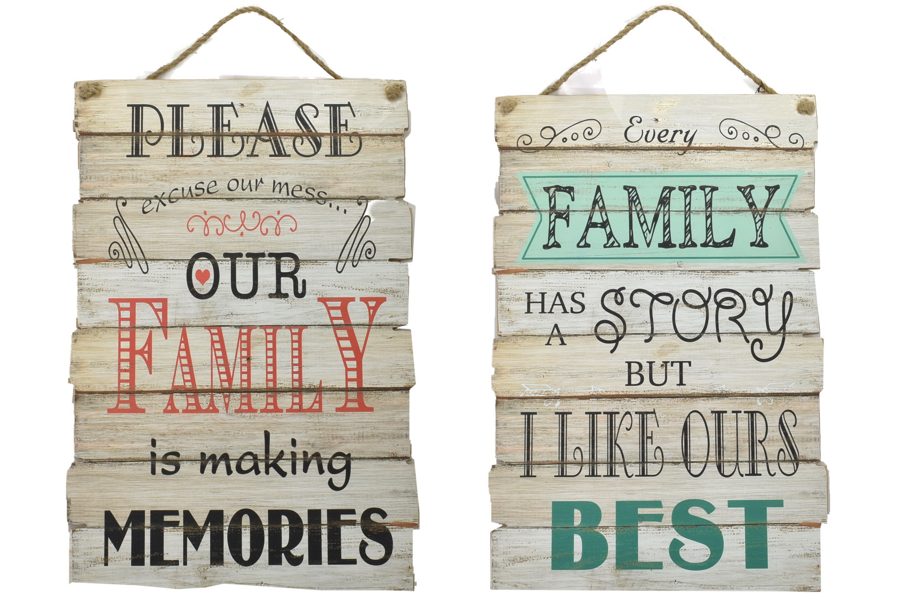 60 x 30cm Wood Sign Family Design 2 Assorted